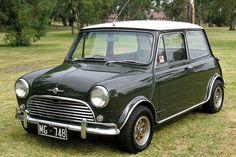 1968 Morris Mini Cooper S - my dads first car :) Mini Cooper S, Mini Cooper Pictures, Mini Cooper Classic, Classic Mini, Classic Cars, Jaguar, Mini E, Mini Morris, Automobile