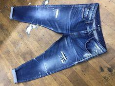 Denim Jeans Men, Blue Jeans, Azul Indigo, Patterned Jeans, Washed Denim, Vintage Jeans, Casual Shirts, Skinny Jeans, Mens Fashion