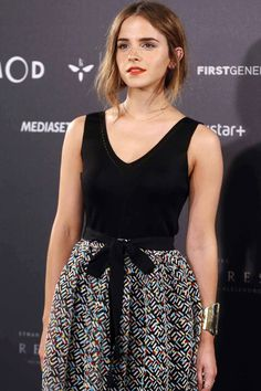 Emma Watson just made her red carpet return... Working a totally new style! LOVE