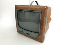 Nu in de #Catawiki veilingen: Philippe Starck, Saba M3799, Jim Nature portable TV