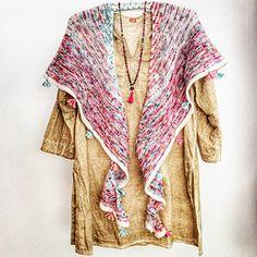 Ravelry: Anahata Shawl pattern by Mia Dehmer / VickeVira