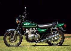 1976 Kawasaki KZ900.  I had one in high school