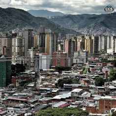 Te presentamos la selección del día: <<POSTALES DE CARACAS>> en Caracas Entre Calles. ============================  F E L I C I D A D E S  >> @cebn << Visita su galeria ============================ SELECCIÓN @floriannabd TAG #CCS_EntreCalles ================ Team: @ginamoca @huguito @luisrhostos @mahenriquezm @teresitacc @marianaj19 @floriannabd ================ #postalesdecaracas #Caracas #Venezuela #Increibleccs #Instavenezuela #Gf_Venezuela #GaleriaVzla #Ig_GranCaracas #Ig_Venezuela…