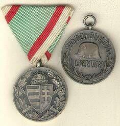 1919-1945 közötti kitüntetések : Magyarországi rendjelek és kitüntetések. : HÁBORÚS EMLÉKÉREM Wwi, Coin Purse, Personalized Items, Purses, Wallet, Handbags, Purse, Bags, Diy Wallet