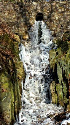 @Billtalhöhe. Waterfall, Outdoor, Kunst, Outdoors, Waterfalls, Outdoor Games, The Great Outdoors