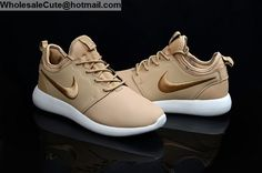 Nike Roshe Run Leather Gold