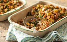 Sausage and Kale Stuffing - This delicious stuffing is rich and rustic if you use whole wheat bread, lighter using white. Whole Food Recipes, Healthy Recipes, Kale Recipes, Healthy Cooking, Vegetarian Recipes, Healthy Food, Recipies, Cooking Recipes, Yummy Food