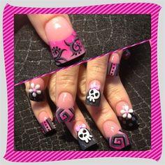 Pinks skulls  mix by Oli123 - Nail Art Gallery nailartgallery.nailsmag.com by Nails Magazine www.nailsmag.com #nailart