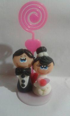 Lembrancinha de casamento em biscuit