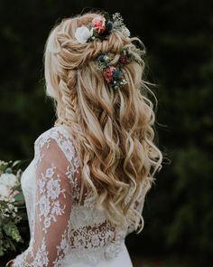boho bridal hairstyle long hair Hochzeit 28 Braided Wedding Hairstyles For Long Hair ⋆ Ruffled Wedding Hairstyles For Long Hair, Wedding Hair And Makeup, Bride Hairstyles, Hair Wedding, Simple Hairstyles, Hairstyles 2016, Hippie Wedding Hair, Bridal Hairstyles With Braids, Wedding App