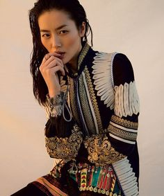 #editorial #preview of #LiuWen by #InezVanLamsweerde and #VinoodhMatadin in #VogueUS #March2017, styling by #TonneGoodman. Hair and make up by #JamesPecis and #DickPage, nails by #MichelleSaunders #art8amby #art8ambygram #art8ambyeditorial