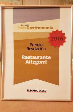 El Restaurante Aitzgorri de San Sebastián-Donostia recibe el Diploma al Restaurante revelación del año, en los premios Más Gastronomía, organizados por El Diario Vasco. #diariovasco #donostia #restaurantes