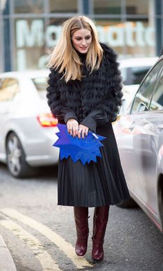 14 over-the-knee boot outfit ideas to steal from street style stars | ways to wear it | Fall / Winter 2016 | Sponsored by DSW | Olivia Palermo perfection Olivia Palermo Outfit, Estilo Olivia Palermo, Olivia Palermo Lookbook, Olivia Palermo Style, London Fashion Weeks, Look Casual Otoño, Caroline Daur, Design Bleu, Black Pleated Skirt