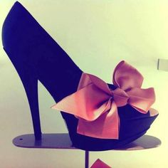 Awesome high heels with bow!