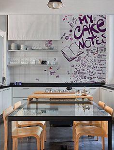 Wall Notes / Designer Lorenzo de Grandis / La carta da parati Wall&Decò #wallpaper #art