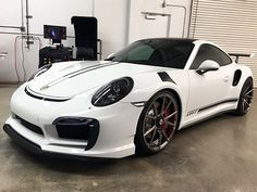 This Is One Of The Most Aggressive Looking Porsche 991 Turbos We've Seen