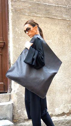Носят ли счастливые женщины большие сумки? | Golbis