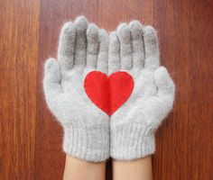 Heart Gloves Grey Gloves with Red Felt Heart by yastikizi on Etsy Holiday Gift Guide, Holiday Gifts, Valentine Day Gifts, Valentines, Red Felt, Dark Beige, Romantic Gifts, Creative, Valentine's Day