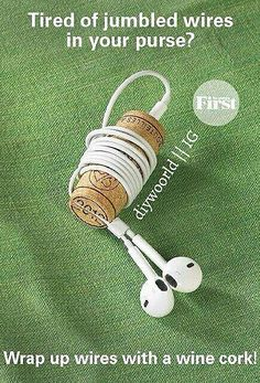 Cork as earbud holder/detangler