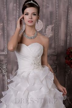 Elegant A-line Floor-length Cathedral Train Sweetheart Zip-up Organza White Wedding Dresses
