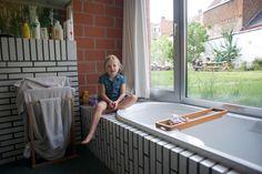 BINNENKIJKEN. Eén tuin, drie woningen - De Standaard: http://www.standaard.be/cnt/dmf20130920_046?pid=2794017