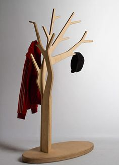 Tree coat stand (wooden version)!