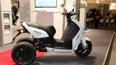 The Electromobile City Scooter has two independently-suspended rear wheels, giving it stability while also allowing it to lean into turns.