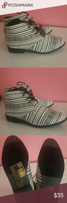 NEW Geo Print Lace-up Ankle Booties Black/white(cream) Striped Geo Print Lace up Booties from Forever 21 🕶👢👢These are completely sold out everywhere, this is probably the last pair for sale🛍🛍👜. Refer to pictures for description.  Please ask all questions prior to purchase🤝😎 This is a🚫No offer No trade item 🚫  Tags: Aztec print striped Oxford flats vintage Shoes Ankle Boots & Booties