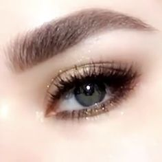 Daily Eye Makeup For 2019 that looks great! make up videos Daily Eye Makeup For 2019 Daily Eye Makeup, Korean Eye Makeup, Makeup Eye Looks, Beautiful Eye Makeup, Asian Makeup, Eye Makeup Tips, Smokey Eye Makeup, Eyebrow Makeup, Makeup Videos