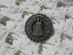 Gorgeous Our Lady of Good Help silver plated brooch. Holy Ornate #Medal pin with Crowned Virgin Mary and Child . Diameter : 1 in. = 2.6 cm Beautiful #Religious Souvenir Pin !... #antiques #religious #medal #crucifix