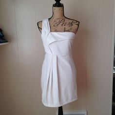 White Dress Beautiful one shoulder white dress with lining. Worn one time. No stains. Forever 21 Dresses Mini