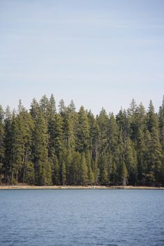 Central Oregon Lakes | Lovely Clusters - http://www.lovelyclustersblog.com