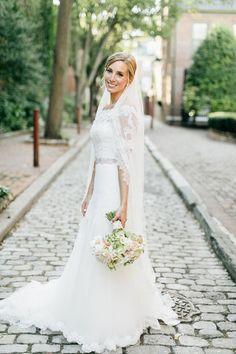 Classic bridal beauty: http://www.stylemepretty.com/pennsylvania-weddings/philadelphia/2016/06/10/this-is-the-classic-wedding-of-every-brides-dreams/ | Photography: Emily Wren Photography - http://emilywrenweddings.com/
