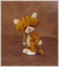 Gallery ~ Thread Bears. Many patterns to crochet thread bears, rabbits, etc.