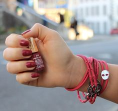Mavala Nail Polish 312 Poetic Rose & Beed Red Strappz as Bracelet with Luchadores Snappz Brappz