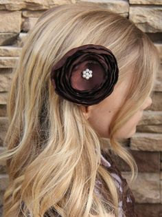 cheap flowers, headbands, lace shirts, etc.