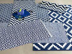 Mattor till hall, kök, matsal eller sovrum i blå olika toner.
