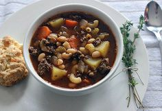 Hearty Hamburger Soup with Macaroni. From the hearty vegetables to perfect spice… Hearty Hamburger Soup with Macaroni. From the hearty vegetables to perfect spices, this filling soup will warm your soul. It's jam packed with flavour and delicious aromas. Crockpot Recipes, Soup Recipes, Stone Soup, Soup Crocks, Cabbage Soup, Healthy Vegetables, Soups And Stews, Spices, Food And Drink
