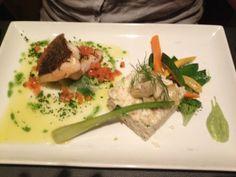 Contre-temps à Ixelles Mon restaurant préféré pour le moment, bon rapport qualité prix cuisine inventive et surtout avec des beaux produits de saison. J'adore!