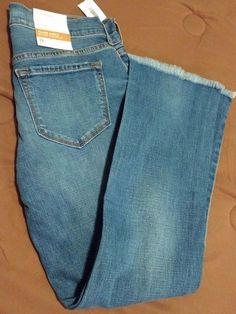 Check out NWT Old Navy Flare Ankle jeans size 0 regular #OldNavy #flareankle http://www.ebay.com/itm/NWT-Old-Navy-Flare-Ankle-jeans-size-0-regular-/262868853953?roken=cUgayN&soutkn=3BcMcm via @eBay