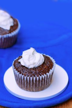 Peppermint hot chocolate cupcakes <3