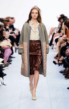 Chloe Silk habotai blouse Leather skirt Bicolor shearling  coat