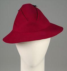 Hat House of Schiaparelli (French, 1928–1954) Designer: Elsa Schiaparelli (Italian, 1890–1973) Date: summer 1935