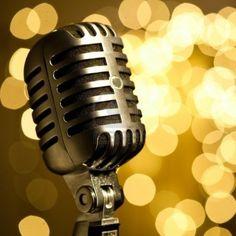 vintage microphone Stock Photo - 7982990