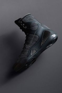 Insider access to the Nike Kobe 9 Elite 'FTB'. Explore, buy and stay a step ahead of the latest sneaker drops. Air Jordan Sneakers, Nike Sneakers, Jordan Shoes, Latest Sneakers, Sneakers Fashion, Nike Boots, Trekking Shoes, Baskets, Fresh Shoes