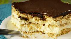 Μπισκοτογλυκό με πτι μπερ, κρέμα βανίλιας και γλάσο σοκολάτας