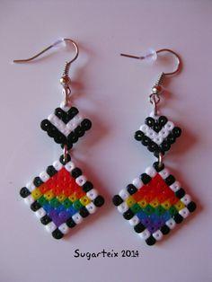 Pendientes colgantes arco iris mini. Modelo 5. Si te gustan puedes adquirirlos en nuestra tienda on-line: http://www.mistertrufa.net/sugarshop/ Ver más en: http://mistertrufa.net/librecreacion/groups/hama-beads/