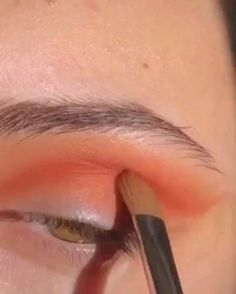 Tutoriels de maquillage pour les yeux ombre à paupières naturelle quotidienne nouvelles idées de maquillage pour les yeux et tutoriel et astuces Daily Eye Makeup, Prom Eye Makeup, Halloween Eye Makeup, Creative Eye Makeup, Eye Makeup Steps, Eye Makeup Art, Colorful Eye Makeup, Eyeshadow Makeup, Hair Makeup