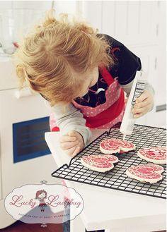 Valentines' Day cookie bake