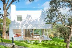 Estudi d'Arquitectura Cobo del Arco. Costa Brava. Begur. Bonita casa mirador. Fachada.